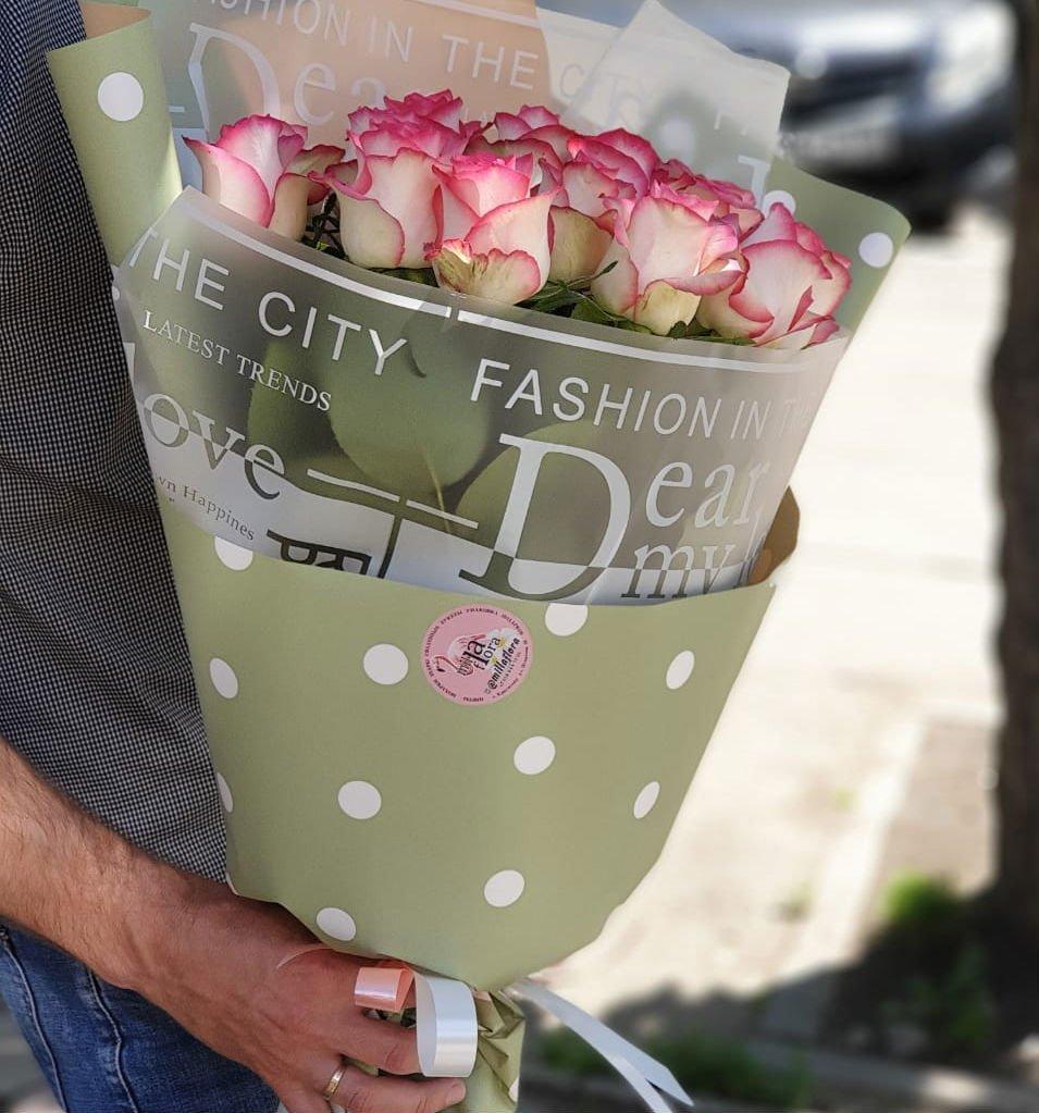 Букет из 15 очаровательных роз
