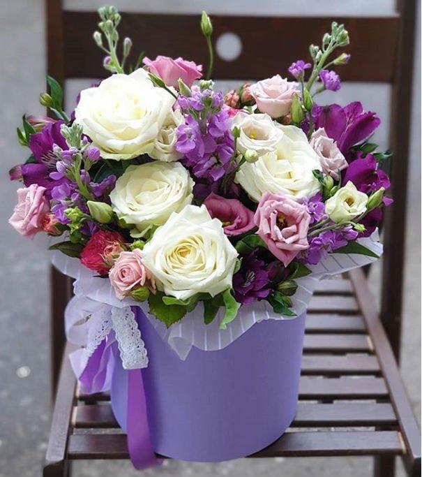 Цветы в коробке. Композиция «Единственная»