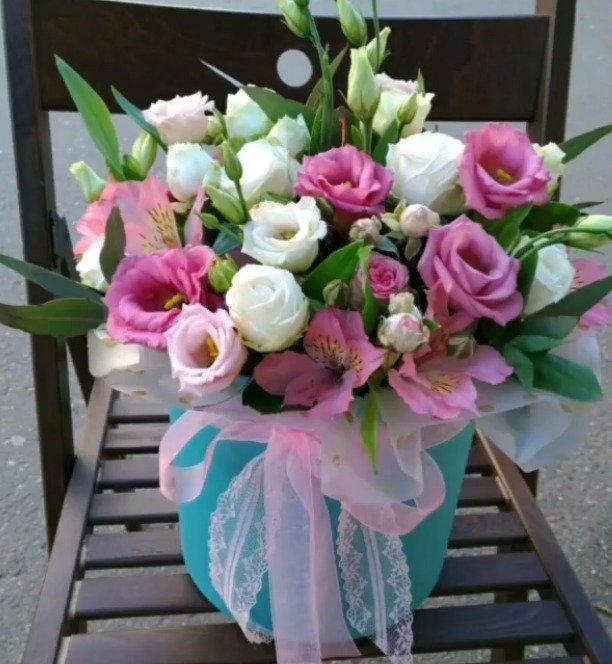 Цветы в коробке. Композиция «Муза»