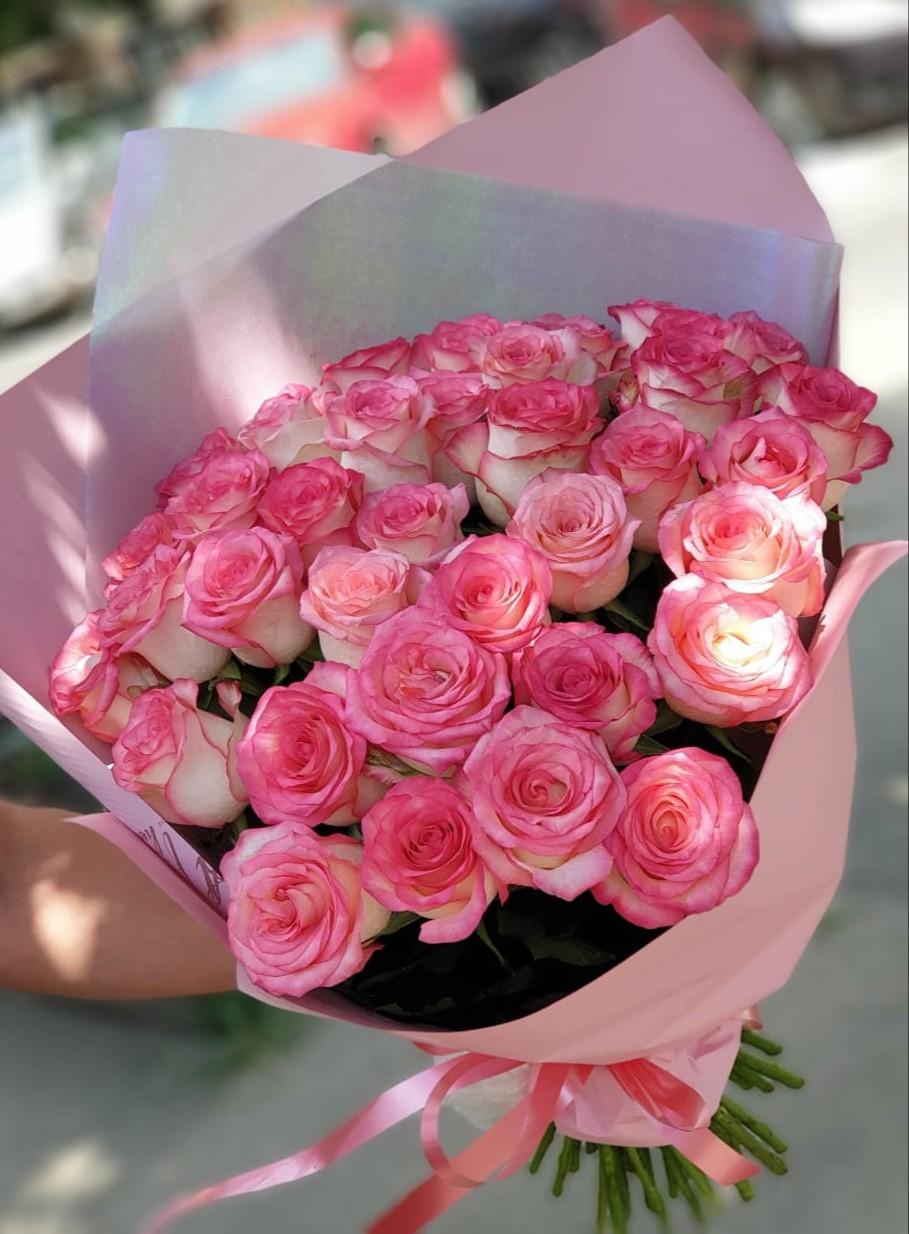 Розы Джумилия букет из 35 шт.